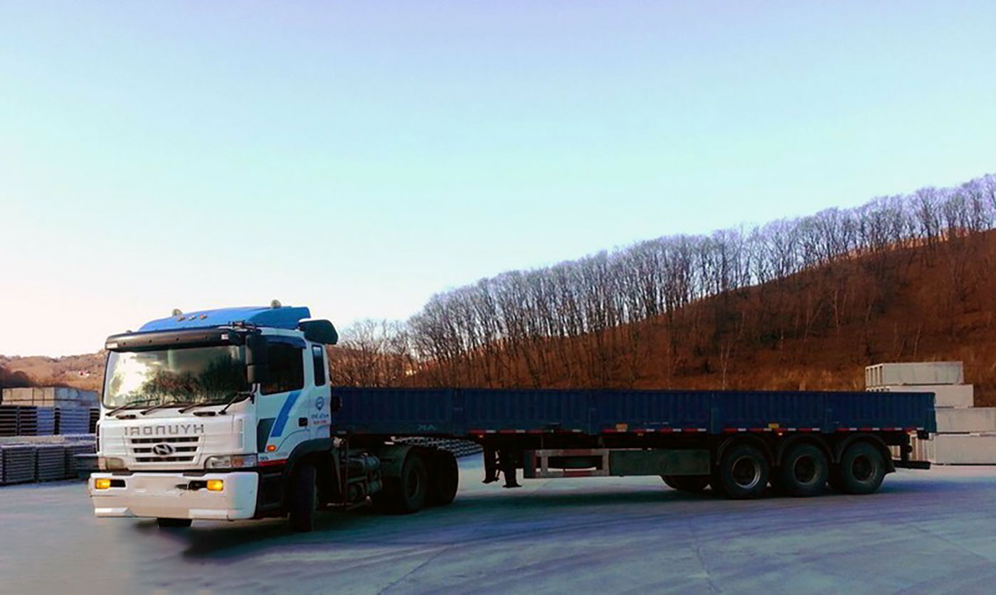 Длинномер 13.6 метров и 22 тонны